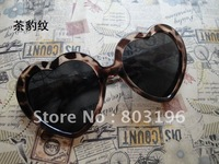 Promotion!! Most fashion Heart Shape Sunglass,Waves/Clod glass women's sunglass,free shipping 13 colors for choice, 5pcs/lot