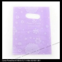 300pcs/lot ON SALE Rectangle Bag Plastic Purple with White Flowers Patterns Carrier Packing Bags 20*16cm 120183
