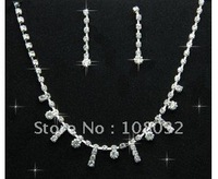 MIN.ORDER $15,simple rhinestone bride necklace with little dots and tessels as drops