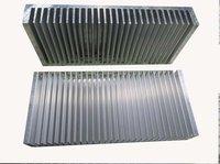 aluminum black heatsink 200*90*30MM. 6.22mm base, 2.0mm blade thickness