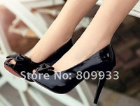 Stylish and elegant bow nude color shoes, fish head high with waterproof nightclub sandals