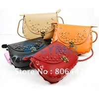 Free Shipping New Fashion Envelope Bag Retro Flowers Woven Rope Messenger Bags Shoulder Bag