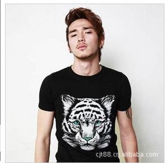 2012new arrvial freeshipping! men's fashion t-shirt size:M,L,XL,XXL
