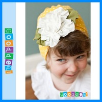 BIg discount Hot selling children's caps/ beanie hats /cap chapeau/ dicer hat /headgear /baby hat flower design/