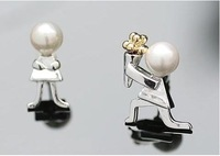 Min.order is $15 Free airmail shipping silver plated white pearl boy proposal Stud Earring  E68