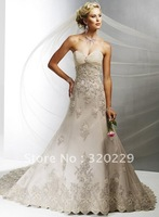 2012Brand Newone Embroidery  Wedding Dress/Party Gown size&color:Custom LJ551