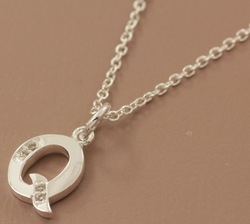 Free Shipping wholesale 925 silver letter Q pendant necklace APN661(China (Mainland))