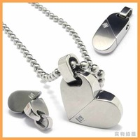 Free Shipping Fashion Jewelry Rotatable Turnable Heart Pill Pendant 316L Stainless Steel Necklace Mens Necklaces 05246
