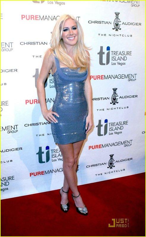 i00.i.aliimg.com/wsphoto/v0/603647362/Free-shipping-HL-Ladies-New-Arrival-Paillette-Bandage-Evening-Dress-HL436-.jpg