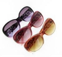 Free Shipping Fashion Women Sunglasses Designer Summer Sunglass Women Sunshade Wholesale Glasses Mix Order