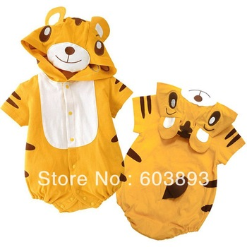 Free Shipping  C13243CL   Infant Lovely Animal Clothing With Cap / Baby Romper,Lady beetles style,baby autumn/winter clothes