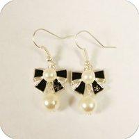 Min order $15 wholesale free shipping vintage Cute bow cat Earring women alloy Stud Earrings jewelry K052