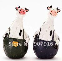 resin craft arts lovely cattle animal doll handicraf desk office car home decoration gift  for friends novely