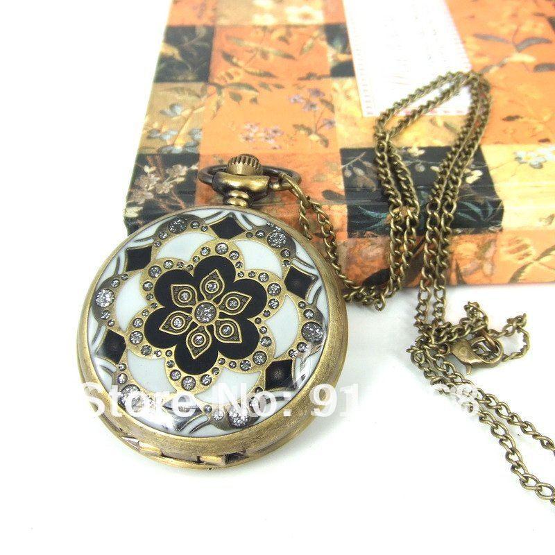 Free Shipping! Wholesale! Men's&Women's Antique Golden Dragon Design Necklace Quartz Vintage Pocket Watches XL111(China (Mainland))