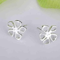 Min.order is $15(mix) E053 High Quality! Free shipping silver flower earring.for women fashion jewelry  Stud earrings