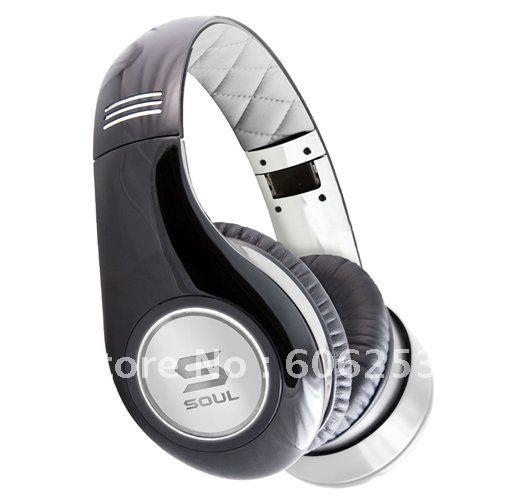 Sony over ear noise cancelling headphones 15