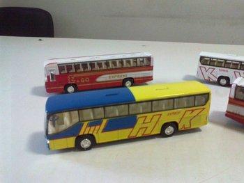 1/32 model mini metal bus