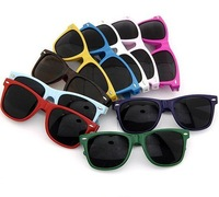 Wholesale 140*50mm Non mainstream rivet points unique promotion sunglasses / fashion plastic Sunglasses