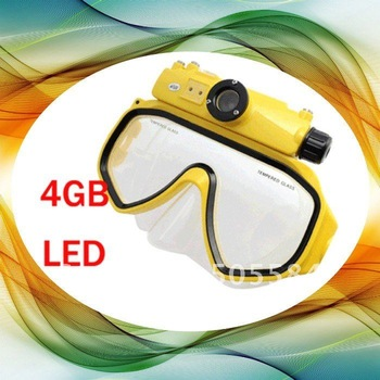 Newest 4GB Memory Sports Mini DV Underwater Digital camera Mask 15M Waterproof RD34 Diving Mask camera 5M CMOS Lens LED LIGHT