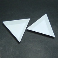Wholesale 20pcs/pack Plastic Triangular Jewelry Picking Plates For Rhinestones/Beads/Jewelry Tools/ Jewelry Findings(JT-P1)