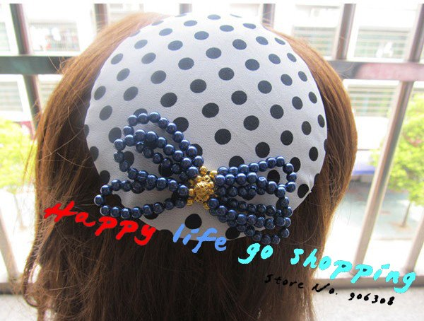 Free shipping!2012 New design Fashion lovely small round dots hat style feather accessories baby girls mini top hats with clips(China (Mainland))