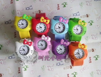 12pcs/lot silicone children kid slap hello kitty cat watch silicone fashion Cartoon  wristwatch
