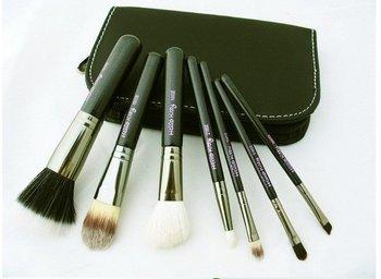 free  shipping  MAC makeup brush wool brush set 7 piece set of authentic Makeup Kit#1