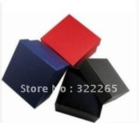 Free shipping 32pcs 8.8x8.2cm gift box, 3 COLORS watch box with pillow