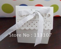 Wholesale - Free shipping .7.3*8.9(H)*3.9w candy box.wedding favor box.with free ribbon