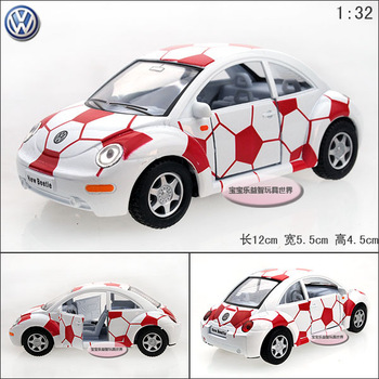1:32 Soft world kinsmart vw beetle white-red football car volkswagen beetle alloy car model free air mail