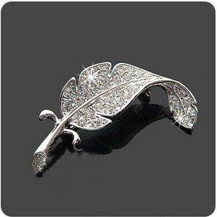 Min.order is $15 (mix order) Fashion Fully-jewelled Brooches Rhinestone Jewel Feather Leaf Brooch Pins AQ0859