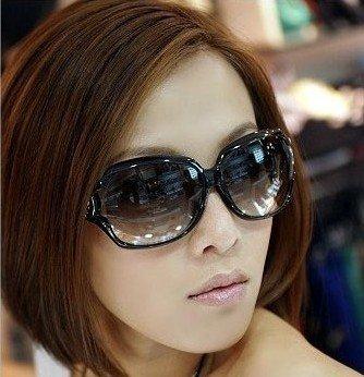 http://i00.i.aliimg.com/wsphoto/v0/635975124/2012-font-b-VOGUE-b-font-font-b-women-b-font-s-font-b-sunglasses-b.jpg