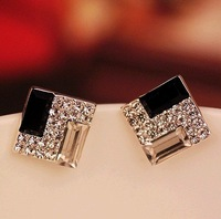 Min.order is $8 (mix order), Noble Qualities of Black and White Rhinestone Square Female Earrings E055