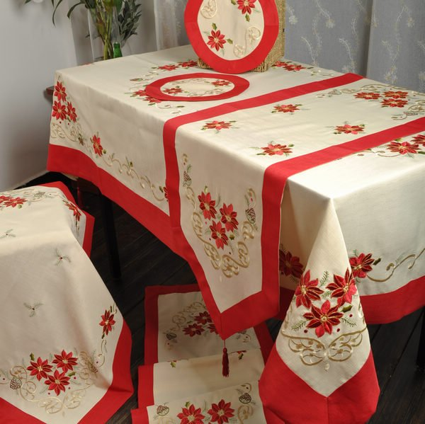 "Holiday Red! Christmas Decoration! Embroidery Tablelinen/ RUNNERS 15X43"" ! Free shipping(China (Mainland))"