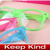 Женские солнцезащитные очки 2012 popular Swept the world Retro non-mainstream sunglasses lovely popular sunglasses, special sun glasses