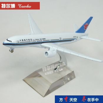 Free shipping  boeing b777 plane model aircraft memorial gift commercial plane models 16cm