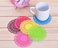 The sweet retro translucent openwork lace coasters silicone mat / insulation coasters