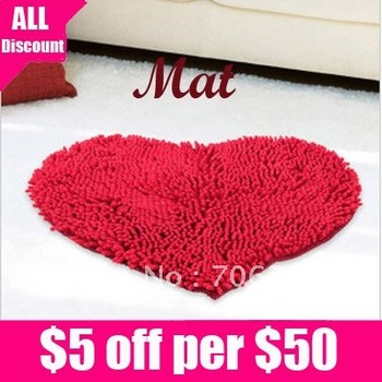 Free Shipping Lovely Style Absorbent and Anti - skid Chenille Red Love-shaped Mat/Pad 1pcs/lot