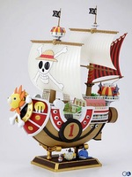 Free shipping  One PIece Straw Hat 28CM Thousand Sunny Pirate Ship Model