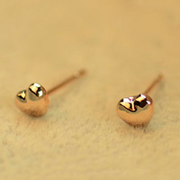 Sunshine jewelry store brief small glossy gold heart earrings E113  ( $10 free shipping )