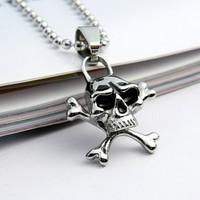 Wholesale and retail personality non-mainstream skull titanium steel pendant fashionable man pendant necklace T057