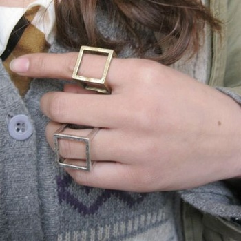 Min Order $10 Fashion accessories metal quality magic cube brief vintage ring for women