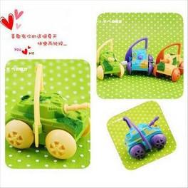 A M@ll Kid Toys! Mini classic wind up toys rotating tankette -xwe1