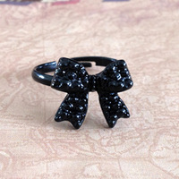 Min.order is $15 (mix order) Hl09604 accessories ol elegant beauty black bow ring 2012 female 2g