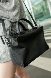 Fashion messenger bag 2012 autumn handbag messenger bag vintage bag black women's handbag(China (Mainland))