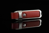 100% Real Capacity 4gb 8gb 16GB 32gb Genuine Red Leather Memory Stick SSD USB Flash Drive  2.0 U Disk Christmas Gift