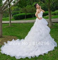 Free     shipping      Super trailing the bride's wedding dress to sweet wiping a bosom