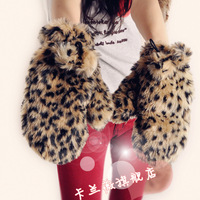 HOT! Free Shiping 2012 Christmas Thermal Plush Leopard Print Wool Gloves For Women Girls, Short Mittens, LLG-1006