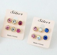 Min.order is $15 (mix order) Fashion Brief Diamond Crystal jewel earrings Stud Earrings AQ0002