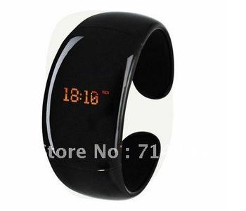 Design Bluetooth Bracelet Vibrating-Caller W/ LCD ID Alert Vibration Wristwatch Watch Digital time l6